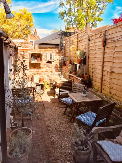 Wine bar in Emsworth