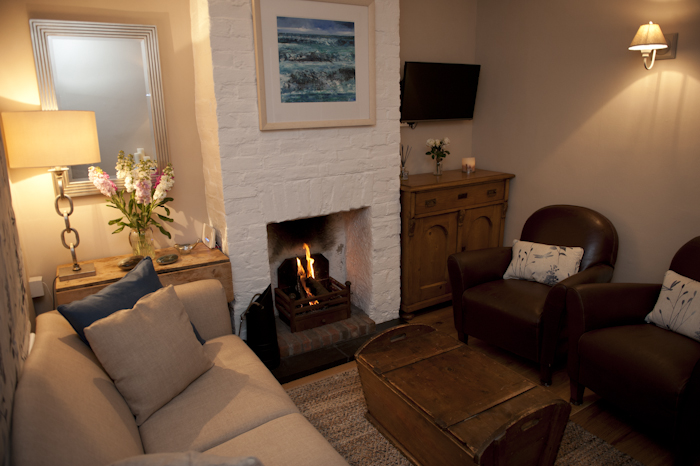 Waterside self catering cottage Emsworth Hampshire